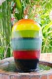 Pot coloré de fontaines Photo stock