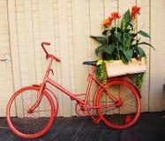 Pot de fleur de vélo Photos libres de droits