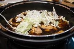 Pot de Sukiyaki de Japonais image stock