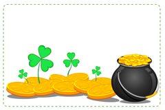 POT della moneta di oro del giorno del Patrick santo Fotografie Stock Libere da Diritti