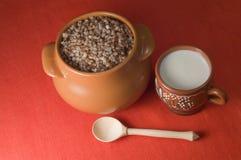 POT di grano saraceno Fotografie Stock Libere da Diritti