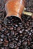 POT di rame arabo del caffè Immagine Stock