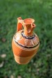 Pot en céramique traditionnel fabriqué à la main Photographie stock libre de droits