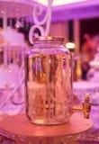 Pot en verre avec la limonade Image libre de droits