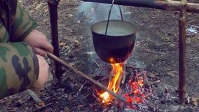 Pot op brand bij het kampeerterrein