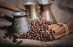 Pot oriental de café de vintage Photo libre de droits