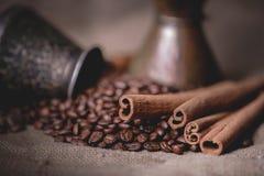 Pot oriental de café de vintage Photos libres de droits