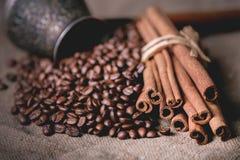 Pot oriental de café de vintage Photos stock