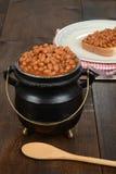 Pot van gebakken bonen Stock Afbeelding