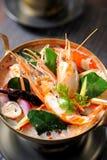 Potage épicé de crevette rose de potage de Tom Yum Photo stock