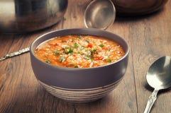 Potage aux légumes avec la lentille et le bulgur images stock