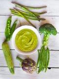 Potage aux légumes vert Image libre de droits