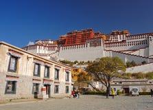 potala Тибет дворца Стоковые Фотографии RF