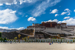 Potala kloster i Tibet Arkivfoto