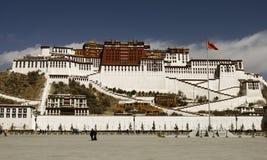 Potala Palast in Lhasa, Tibet stockbilder