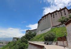Potala slott i Tibet osedda sikter Arkivbilder
