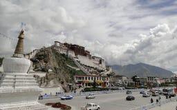 Potalapaleis in Lhasa, het Gebied van Tibet Stock Afbeelding