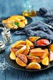 Potatis med fega vingar royaltyfria bilder