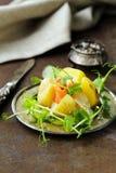 Potatis med gräddost fotografering för bildbyråer