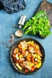 Potatis med meat arkivfoton