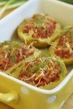 Potatis med meat och ost royaltyfria foton