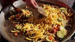 Potatisar med grönsaker lager videofilmer
