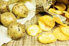 Potatischiper arkivfoton