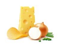 Potatiskrusningen gå i flisor med ost, nära övre för lök Arkivbilder