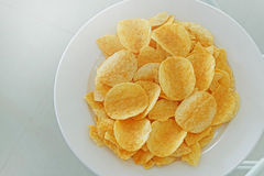 Potato chips in the dish Royalty Free Stock Photography