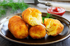 Potato croquettes with mozzarella Royalty Free Stock Images