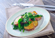 Potato with spinach Stock Photography