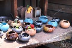 Pote de arcilla japon?s tradicional para las flores fotos de archivo libres de regalías