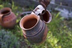 Pote de arcilla rumano de Horezu Fotos de archivo