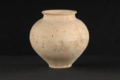 Pote de cerámica antiguo oriental Imagenes de archivo