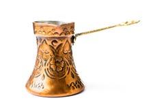 Pote de cobre del café aislado Imagenes de archivo