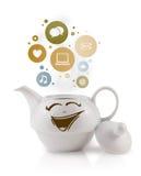 Pote de Coffe con los iconos sociales y medios en burbujas coloridas Foto de archivo libre de regalías