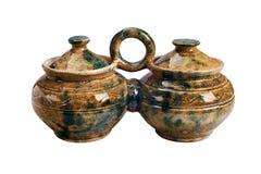 Pote hecho a mano de cerámica para la salsa imagen de archivo libre de regalías
