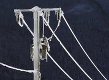 Poteau électrique congelé Images libres de droits