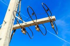 Poteau de fil au courrier électrique à haute tension Image libre de droits