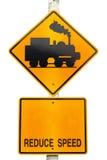 Poteau de signalisation d'avertissement de train Images stock