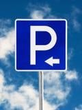 Poteau de signalisation de stationnement Photographie stock