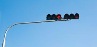 Poteau de signalisation, lumière rouge Photo libre de droits