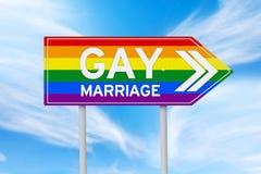 Poteau indicateur coloré de mariage homosexuel Photo stock
