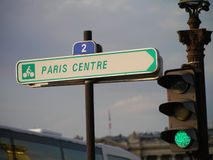 Poteau indicateur de centre de Paris Image libre de droits