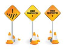 Poteau indicateur en construction Photographie stock libre de droits