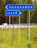 Poteau indicateur Haparanda et Lulea photos stock