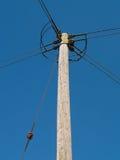 Poteau R-U de distribution de l'électricité image libre de droits