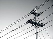 Poteaux et lignes ?lectriques de puissance image libre de droits
