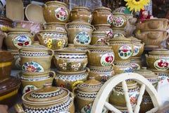 Potenciômetro de argila romeno de Horezu Fotografia de Stock