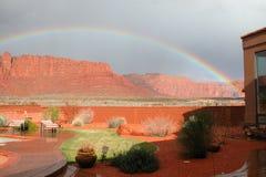 Potenciômetro do arco-íris do quintal de ouro Imagem de Stock Royalty Free